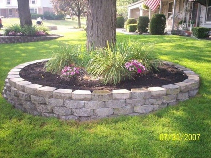 Adorable Flower Beds Ideas Around Trees To Beautify Your Yard 15