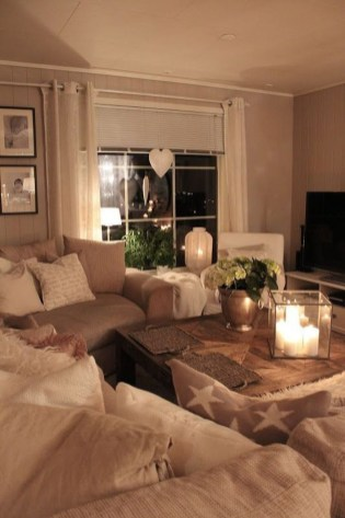Attractive Small Living Room Decor Ideas With Perfect Lighting 48