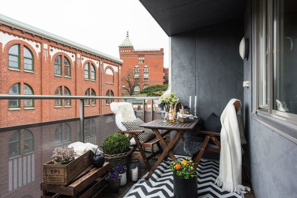 Casual Small Balcony Design Ideas For Spring This Season 26