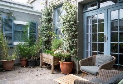 Casual Small Balcony Design Ideas For Spring This Season 30