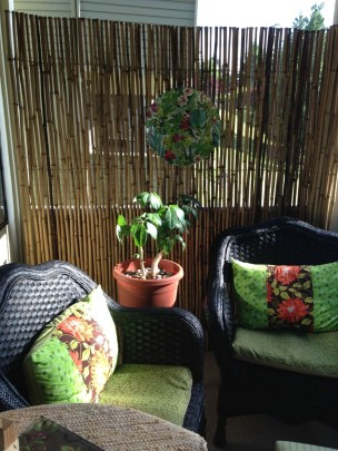 Dreamy Bamboo Fence Ideas For Small Houses To Try 41