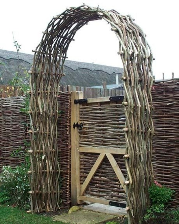 Dreamy Bamboo Fence Ideas For Small Houses To Try 46