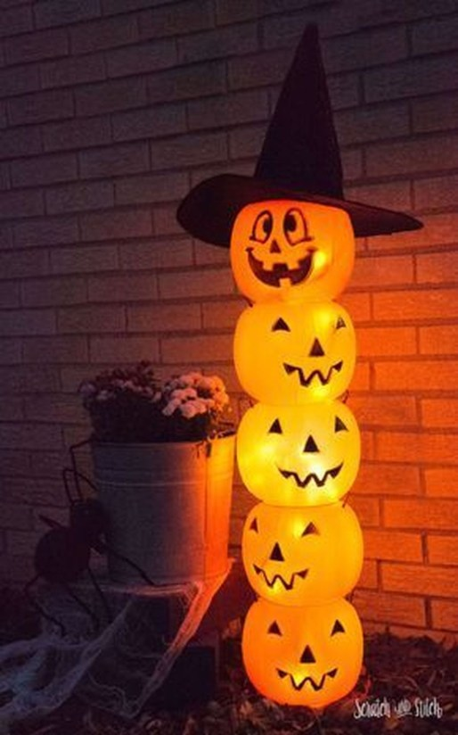 Hottest Halloween Decorating Ideas To Try Now 53