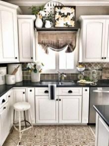 Latest Farmhouse Kitchen Décor Ideas On A Budget 36
