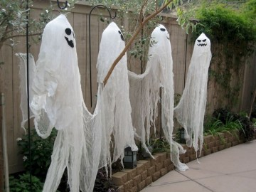 Newest Diy Outdoor Halloween Decor Ideas That Very Scary 18