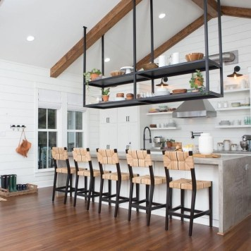 Trendy Fixer Upper Farmhouse Kitchen Design Ideas 19