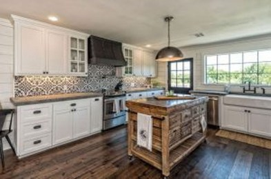 Trendy Fixer Upper Farmhouse Kitchen Design Ideas 46