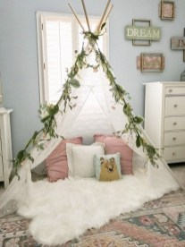 Vintage Girls Bedroom Ideas For Small Rooms To Try 12