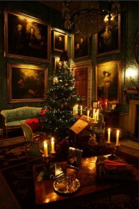 Best Christmas Home Decor Ideas To Try Asap 12