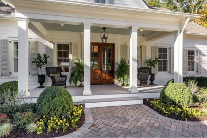 Comfy Porch Design Ideas To Try 02