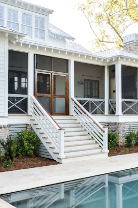 Comfy Porch Design Ideas To Try 35