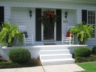 Perfect Porch Planter Design Idseas That Will Give Your Exterior A Unique Look 02