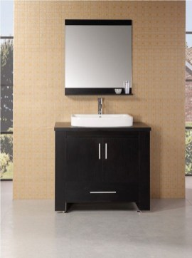 Wonderful Single Vanity Bathroom Design Ideas To Try 15