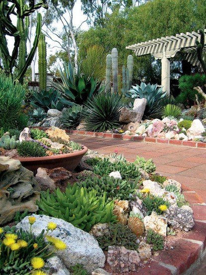 Creative Rock Garden Ideas For Your Backyard36