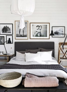 Inspiring Scandinavian Bedroom Design Ideas18