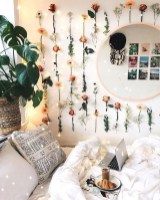 Best Ways To Decorate Your Circle Mirror With Garland33