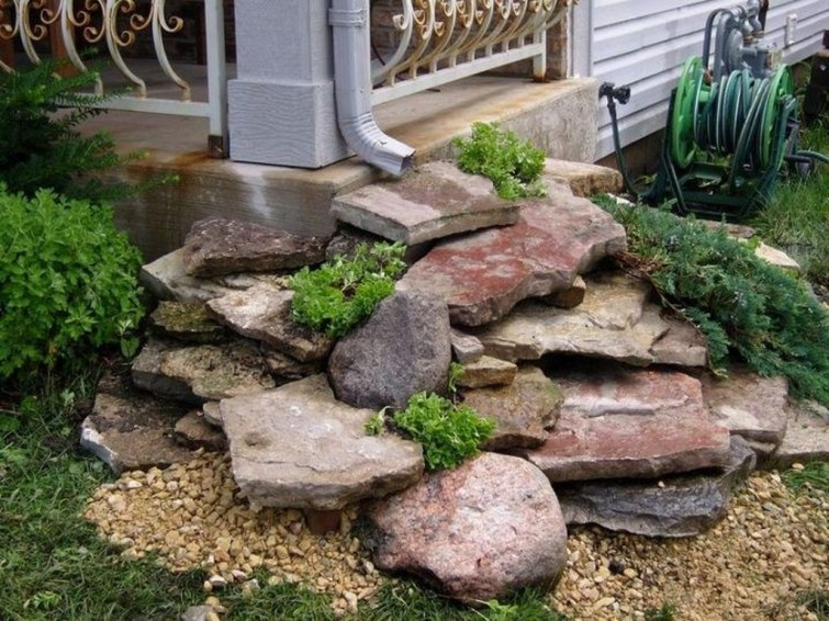 Cool Front Yard Rock Garden Ideas14
