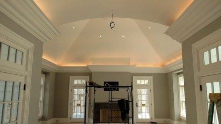 Fascinating Flying Crown Molding Ideas19