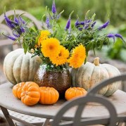 Lovely White And Orange Pumpkin Centerpieces For Fall And Halloween Table07