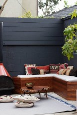 Perfect Diy Seating Incorporating Into Wall For Your Outdoor Space06