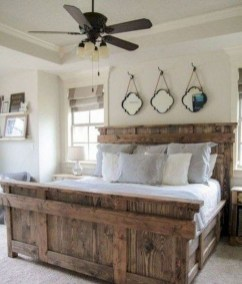 Amazing Farmhouse Style For Cozy Bedroom Decorating Ideas24