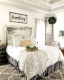 Amazing Farmhouse Style For Cozy Bedroom Decorating Ideas33