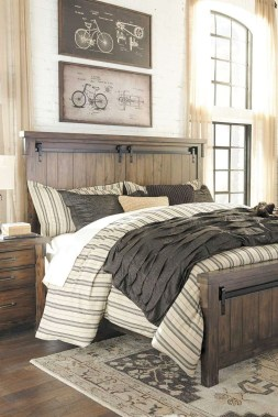 Marvelous Farmhouse Bedroom For Your House Design Ideas39