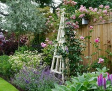 Stylish Backyard Landscaping Ideas For Your Dream House08