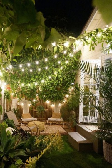 Stylish Backyard Landscaping Ideas For Your Dream House14