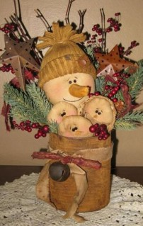 Cute Vintage Winter Table Decoration Ideas05