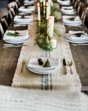 Cute Vintage Winter Table Decoration Ideas21