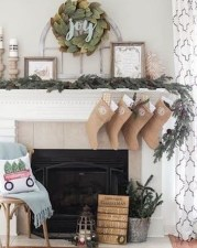 Incredible Christmas Mantel Decorating Ideas Budget12