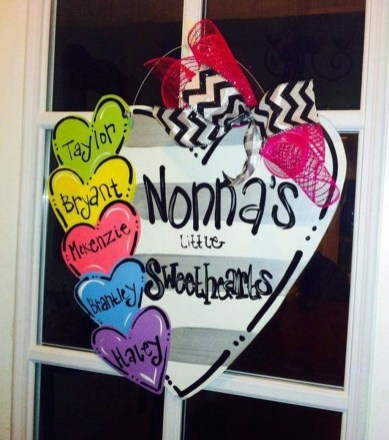 Affordable Outdoors And Indoors Signs Ideas For Valentines Day41