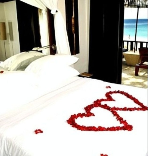 Cozy Bedroom Decorating Ideas For Valentines Day18