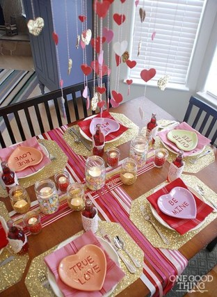 Creative Valentine Table Decoration Ideas01