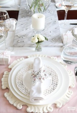 Elegant Table Settings Design Ideas For Valentines Day38