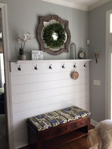 Awesome Mudroom Entryway Decorating Ideas18