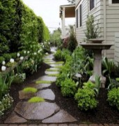 Comfy Low Maintenance Front Yard Landscaping Ideas01