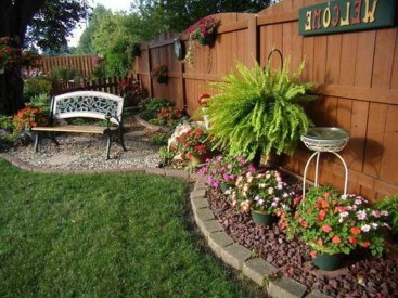 Attractive Small Backyard Design Ideas On A Budget27