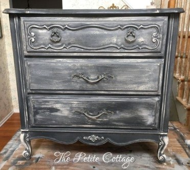Awesome Distressed Furniture Ideas13