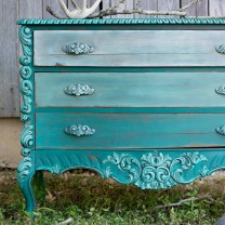 Awesome Distressed Furniture Ideas21