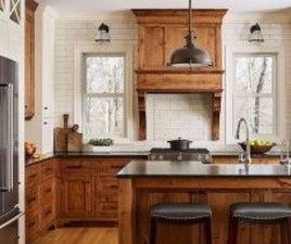 Pretty Farmhouse Kitchen Design Ideas To Get Traditional Accent39