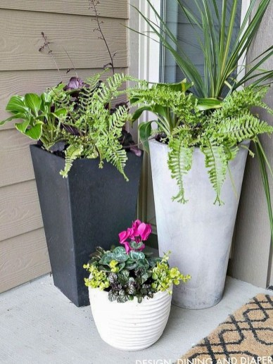 Adorable Porch Planter Ideas That Will Give A Unique Look33