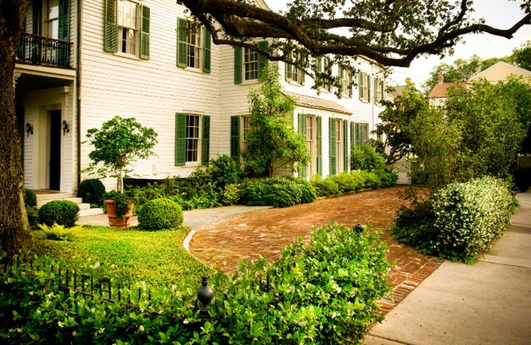 Cute Landscaping Ideas You Can Put In House Page11