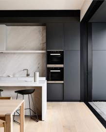 Elegant Black Kitchen Design Ideas You Need To Try04