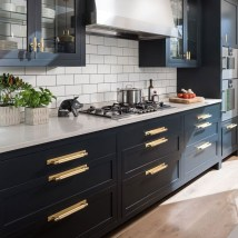 Elegant Black Kitchen Design Ideas You Need To Try33