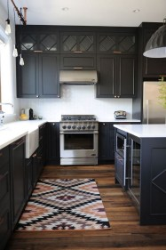 Elegant Black Kitchen Design Ideas You Need To Try35
