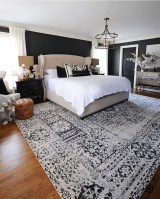 Awesome Bedroom Rug Ideas To Try Asap33