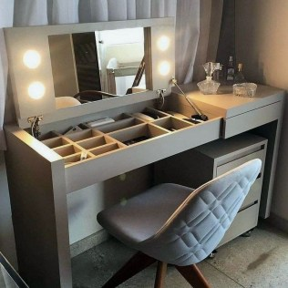 Charming Small Apartment Ideas For Space Saving37