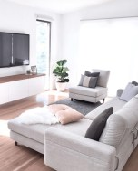 Comfy Living Room Decor Ideas To Make Anyone Feel Right At Home17